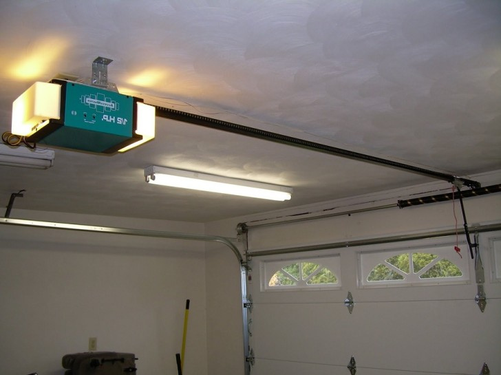 garage door opener master with lamp